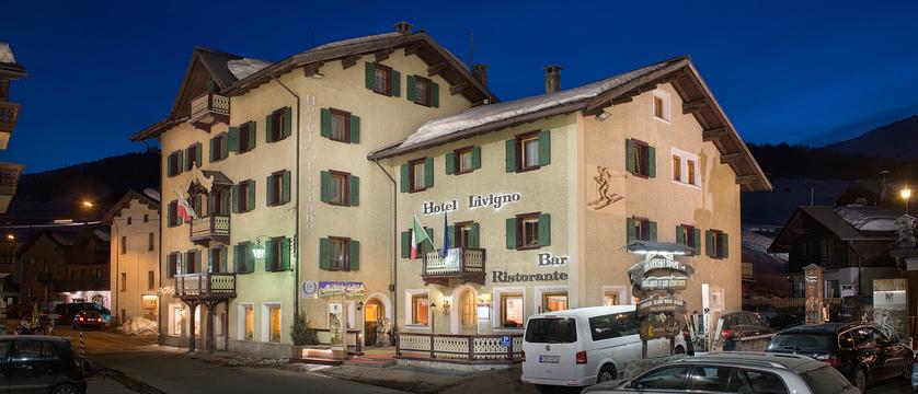 italy_livigno_hotel-livigno_exterior.jpg